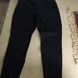 Old Navy Black Cotton stretch pants, size L